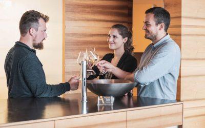 Lust auf Wein? Wir bieten interessante Weinverkostungen in unserem Betrieb an